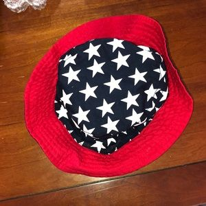 33eb44d36aa619 Accessories - Reversible American flag and navy bucket hat!